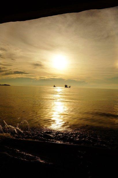 24 - coucher du soleil du bateau