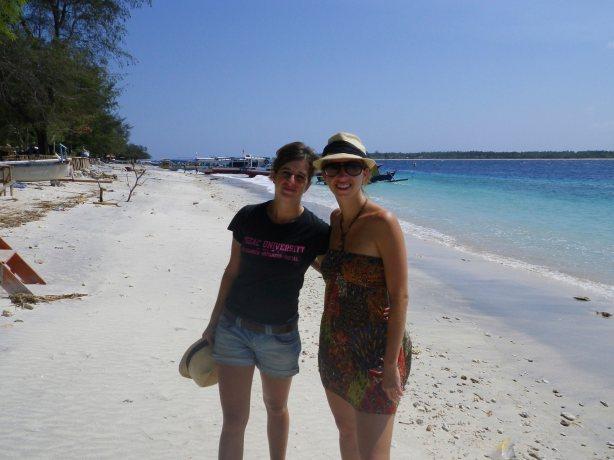 gili island, tortules, snorkelling, boat, horses, beach, white sand