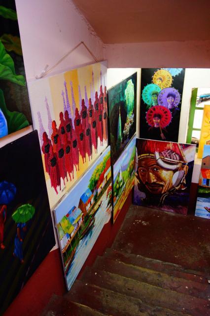 Art gallery in Yangon market