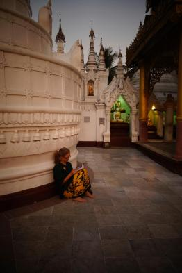 Caroline focus at Shwedagon Paya