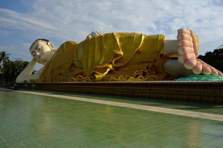 The young giant buddha