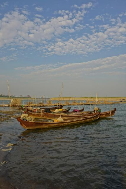 Boat on the Ayeyarwady river