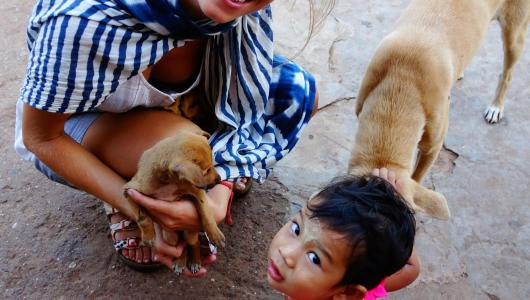 Caro, litle girl and dogs