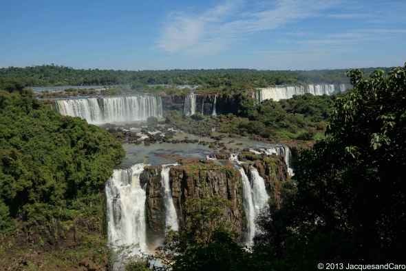 View from the brazilian side onto the falls located in argentina