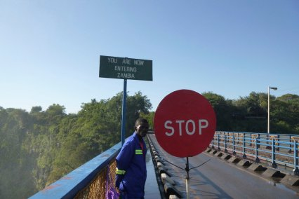 Finallt after around 24hrs in Zimbabwe, we are crossing the border to a new country to catch our plane