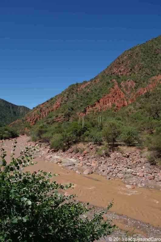 """entering the valley of """"El rio de las conchas"""""""