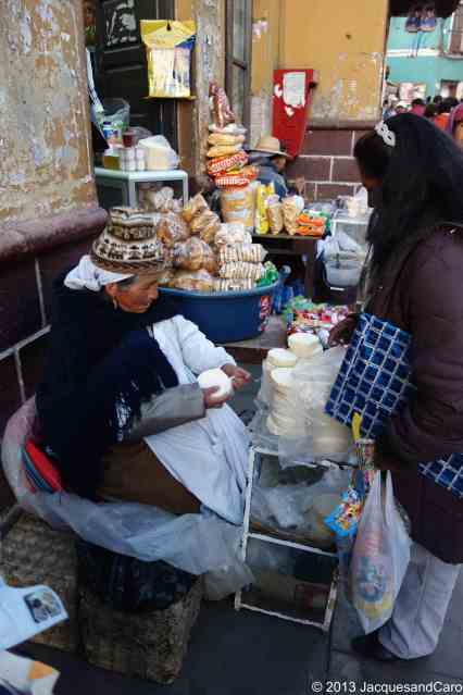 Street vendor of fresh cheese