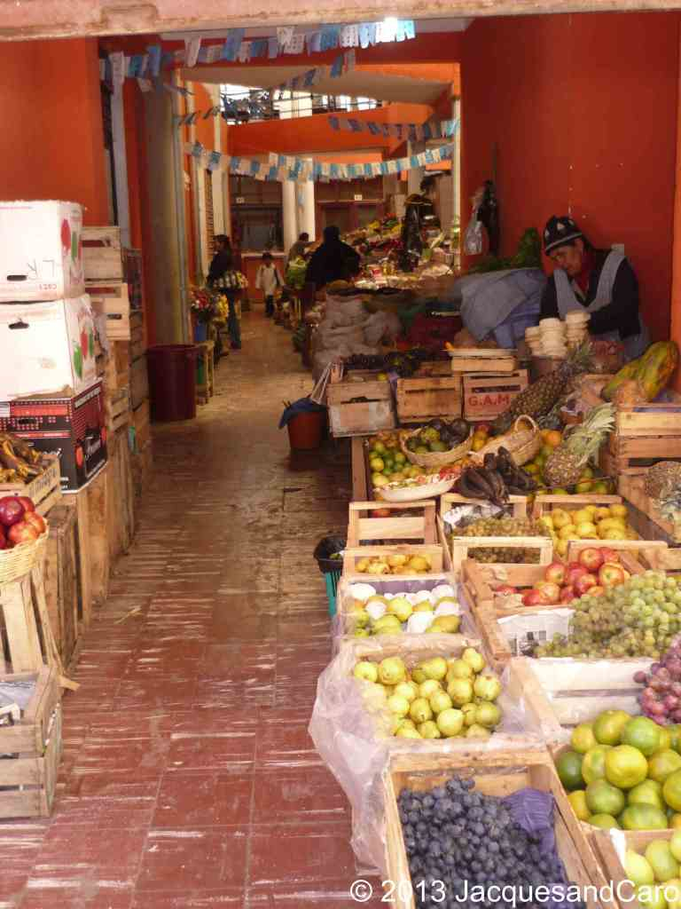 6 - Different from Argentina, no supermarket, but everything in the street like in Asia