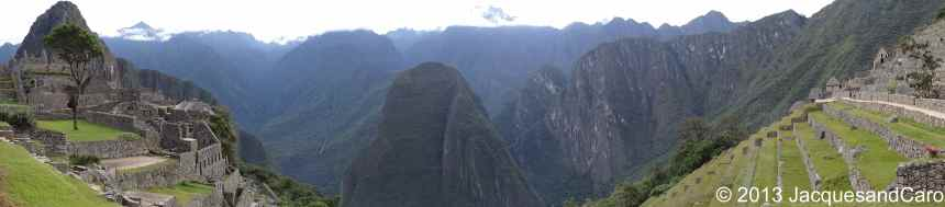 180 degrees of Machupicchu site and the valleys around