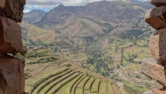 Overview of the farming terraces at Pisaq
