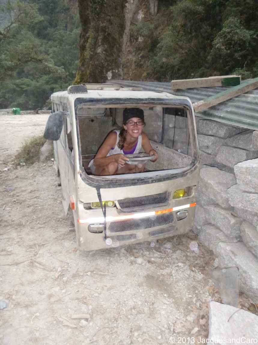 Caroline is driving the bus on the way up to MachuPicchu: 10$