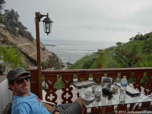Coffee break in Barranco