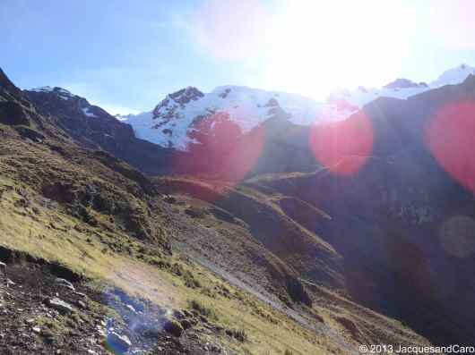 7.30am and already starting to walk up toward the tapush pass at 4,800m