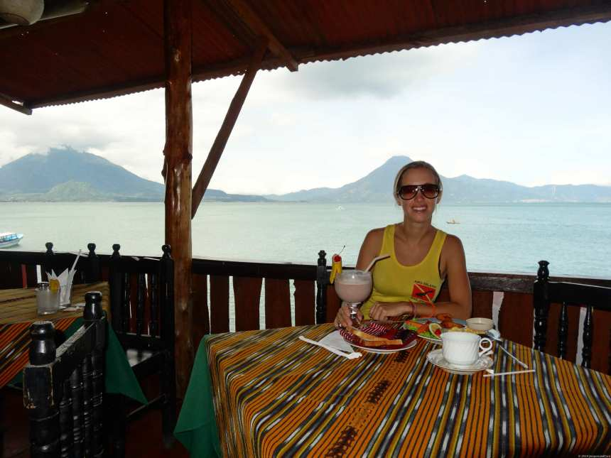 Big breakfast for Caroline in front of the two volcanos
